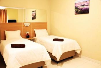 C Hotel Cirebon Cirebon - Standard Twin (No Window) Regular Plan