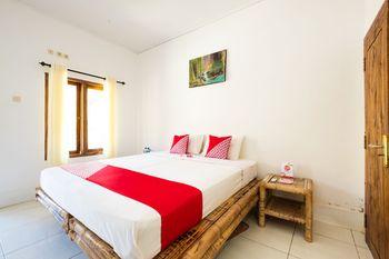OYO 1306 Sammy Homestay Lombok - Standard Double Room Regular Plan