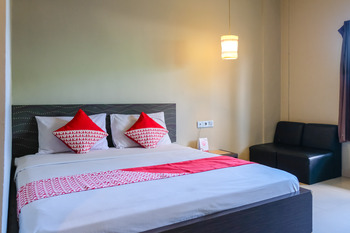 OYO 788 Bidari Hotel Lombok - Deluxe Double Room Regular Plan