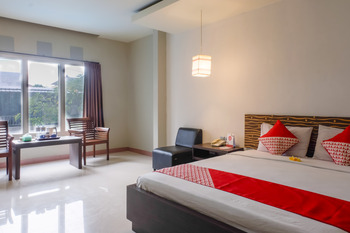 OYO 788 Bidari Hotel Lombok - Suite Double Regular Plan