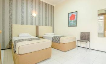 Hotel Aloha Malang - Standard AC Regular Plan
