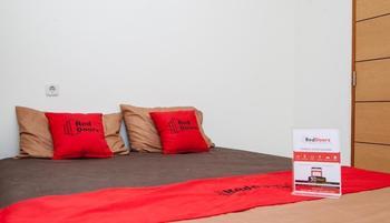 RedDoorz Plus at Pasteur 2 - RedDoorz Room Regular Plan