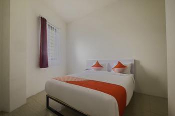 OYO 2759 Cibeureum Near RS Rajawali Bandung - Standard Double Room Last Minute