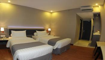 Pyramid Suites Hotel Banjarmasin - Deluxe Room Regular Plan
