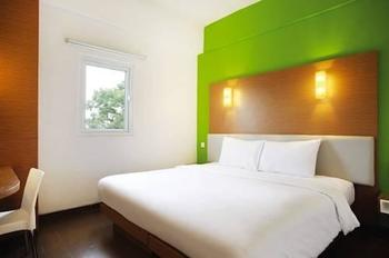 Amaris Hotel Tebet Jakarta - Smart Room Twin Offer  Last Minute Deal 2021