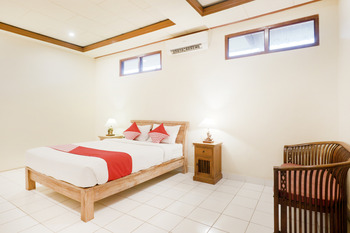 OYO 516 Kudesa Home Stay Bali - Suite Double Room Regular Plan