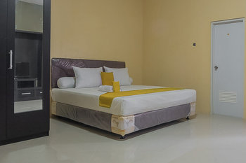 Aziz Guest House Syariah Sukabumi - Promotion Room Regular Plan