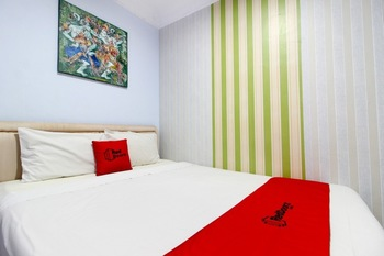 RedDoorz near Plengkung Gading Yogyakarta - RedDoorz Room with Breakfast Regular Plan