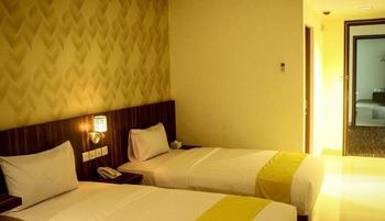 Kaliban Hotel Batam - Deluxe Room Great Deal!