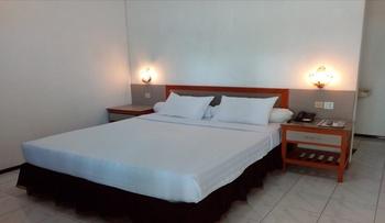 Berlian Abadi Hotel Banyuwangi - Deluxe Queen Regular Plan