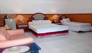 Berlian Abadi Hotel Banyuwangi - Suite Regular Plan