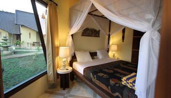 Hotel Uyah Amed - Pemandangan laut laut Bungalow AC Regular Plan