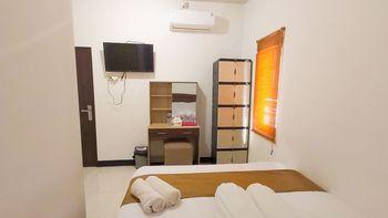 Merr 57 Surabaya - Standard Room Only Regular Plan