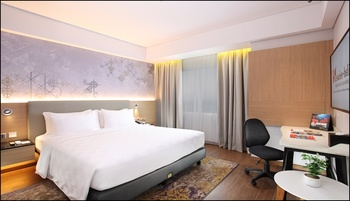 Swiss-Belinn Modern Cikande Serang - Deluxe Double Bed Room Only Surprise Deal - 20% OFF