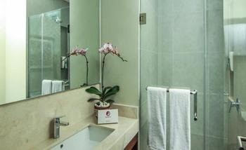 Premier Inn Surabaya� - Double Room Regular Plan