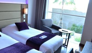 Premier Inn Surabaya� - Superior Twin Smoking - Room Only Regular Plan