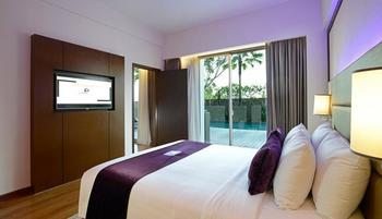 Premier Inn Surabaya� - Queen Suite Regular Plan