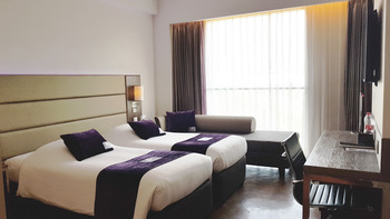 Premier Inn Surabaya� - Deluxe Twin Regular Plan