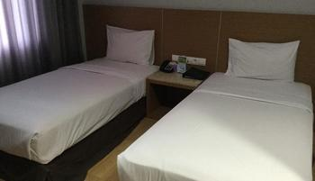 Hotel Astoria Bandar Lampung - Superior Room Regular Plan