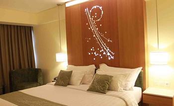 Grand Allison Hotel Sentani - Deluxe Double Room Promo Pegipegi.com