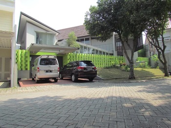 Sugiaman Villa
