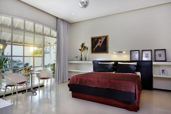 Villa Kresna Bali - Casa Artista Deluxe Room Regular Plan