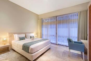 Villa Kresna Bali - Happy Together Pool View Suite Regular Plan