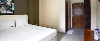 RedDoorz near Cilandak Town Square Jakarta - RedDoorz Room Special Promo Gajian!