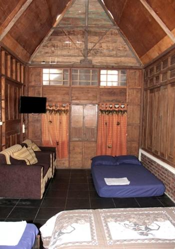 Omah Awang Family Homestay Yogyakarta - Awang 1 Regular Plan