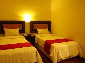 Lampion Hotel Solo - Superior - Room Only Last Minute