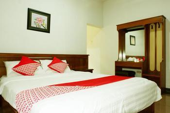 OYO 517 Hotel Arjuna Lawang Malang - Suite Double Regular Plan