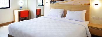 Oase Hotel Pekanbaru - Smart Room Only Regular Plan