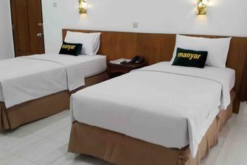 Manyar Garden Hotel Banyuwangi - Yunior Suite Twin Regular Plan