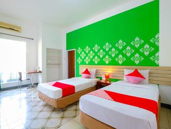 OYO 1206 Lombok Guest House Lombok - Suite Twin Early Bird