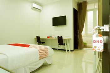 OYO 493 Permata Jingga AA 19 Boutique Syariah Malang - Standard Double Room Regular Plan