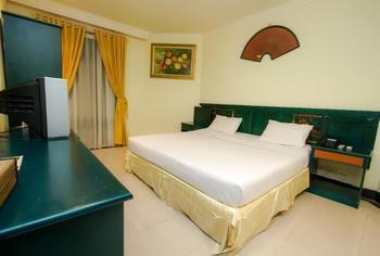 Parai Beach Resort and Spa Bangka - Deluxe Room Regular Plan