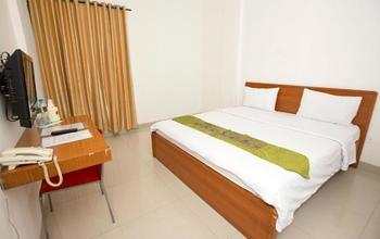 Wisma Royal Makassar - Deluxe Room Regular Plan