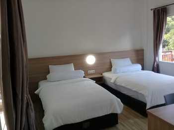 East Marina Guesthouse Manggarai Barat - Superior Room With Breakfast Regular Plan