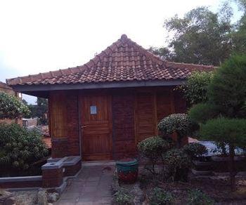 Villa Mediana Mojokerto - Villa Anya 3 Bedroom Villa Room Only FC MLOS 4N - 44%