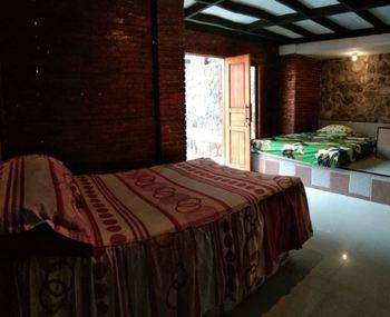Villa Mediana Mojokerto - Double Room Only FC MLOS 4N - 44%