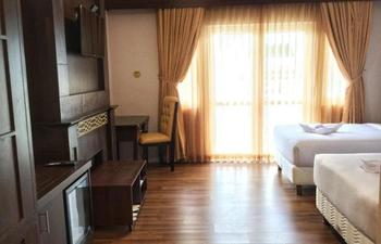 Royal Darmo Malioboro Hotel Yogyakarta - Superior Twin Bed Room Only Regular Plan