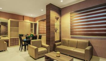 Alvina Hotel Siantar - President Suite Room Regular Plan