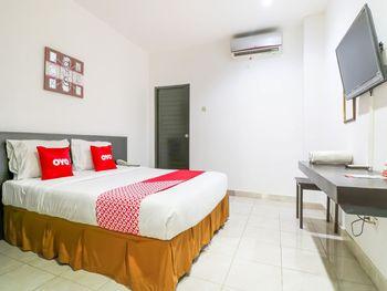 OYO 1666 Grand Pudjawan Hotel Bali - Suite Double Regular Plan