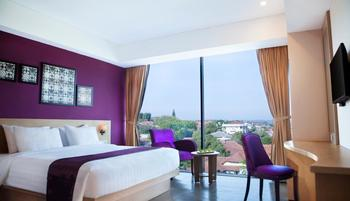 Grand Edge Hotel Semarang - Deluxe Premium Double Bed with Breakfast  Regular Plan