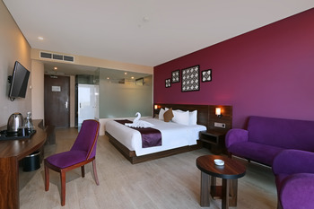 Grand Edge Hotel Semarang - Junior Suite Double Bed with Breakfast  Regular Plan