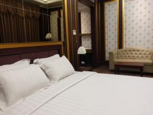 The Grantage Hotel & Sky Lounge Tangerang - Suite Room Regular Plan