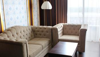 The Grantage Hotel & Sky Lounge Tangerang - Suite Room Regular Plan