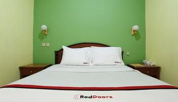 RedDoorz near Ambarukmo Plaza 3 Gerongan - RedDoorz Room Regular Plan