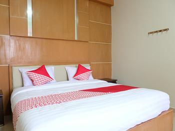 OYO 740 Joyful Hotel Belitung - Deluxe Double Room Regular Plan