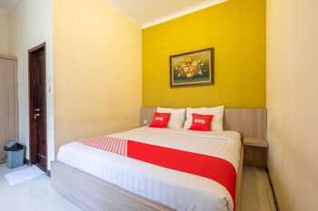 OYO 1548 Villa Aleyra Garut - Standard Double Room Regular Plan